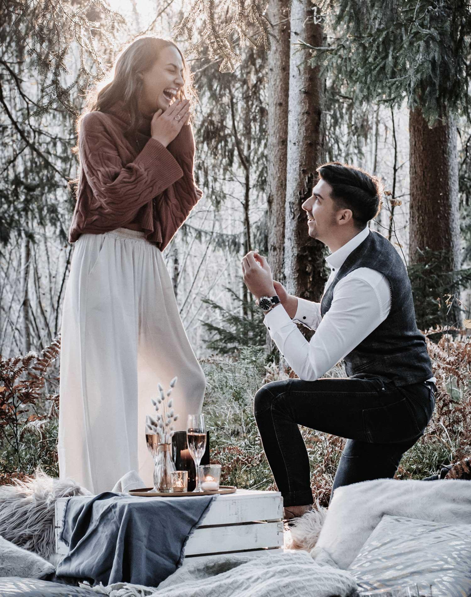heiratsantrag-organisieren-ideen-fuer-heiratsantrag-perfekter-heiratsantrag-antrag-machen-wie-mache-ich-einen-heiratsantrag