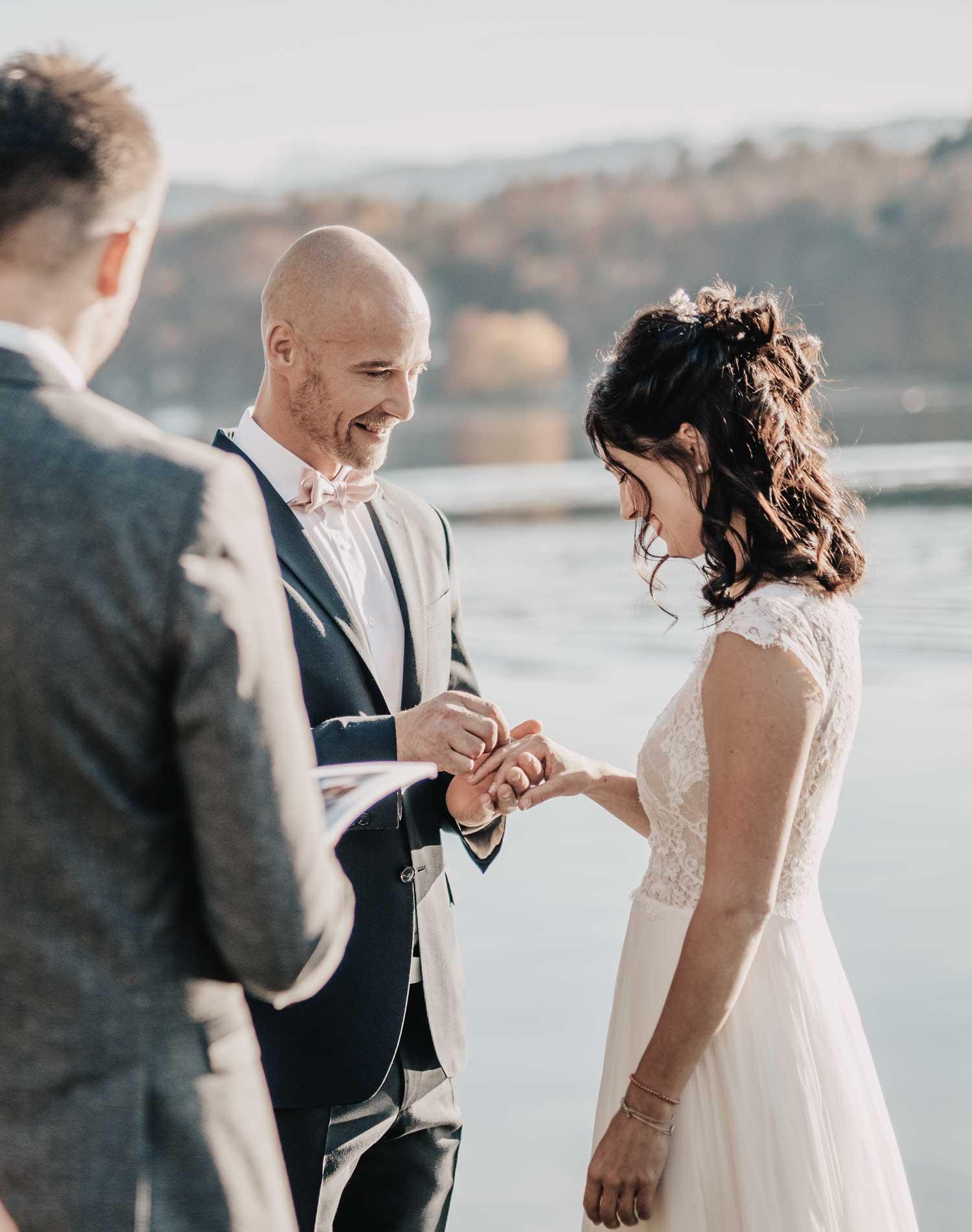 trauung-kirchliche-trauung-freie-trauung-organisation-redner-traurede-hochzeit-am-woerthersee-location-beste-location-wedding-planner